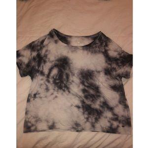 loose tie dye shirt